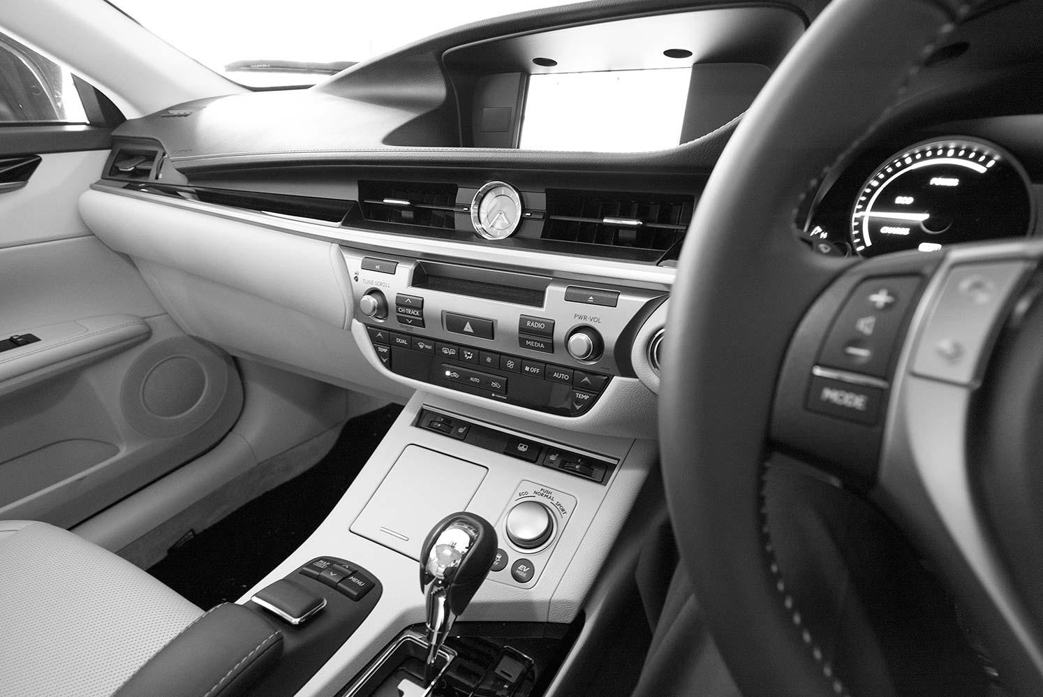 Lexus1