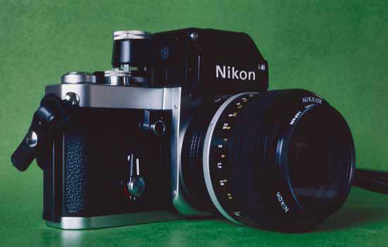 Nikon-F-550px