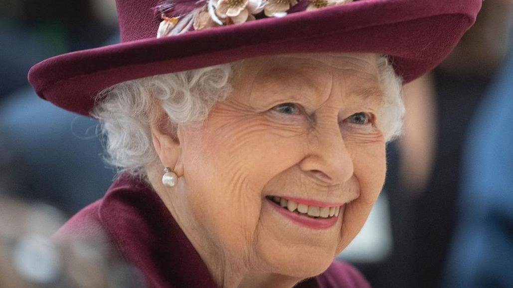 Official Photo of the Queen for her 95th birthday.